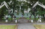 Петербуржцы требуют сохранить здание и сквер на Одоевского