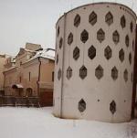 Рыцарь на белом коне спасает памятники советской архитектуры