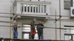 При капремонте домов строители сосредоточатся на балконах и лепнине