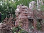 В Ярославле бесхозный памятник архитектуры разбирают на кирпичи