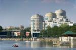 Власти избавят Екатеринбург от «пестрых базарных» фасадов зданий