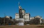 Депутаты Тверского района отказались согласовывать установку памятника Владимиру на Боровицкой площади