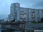 Немецкий художник создал в Красноярске арт-объект в виде миниатюрной многоэтажки