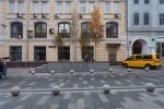 На Неглинной улице появились сквер и велодорожка