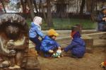 От сараев к замкам: История детских площадок в России