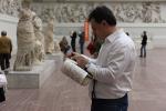 Максим Атаянц: «Мои рисунки — признание в любви»