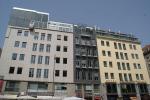 Ханс Холляйн достраивает здание в центре Вены