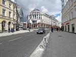 """""""Виноваты дворы"""": в мэрии нашли причину потопов на Мясницкой улице, где забыли установить половину ливневок"""