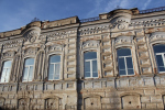 Южноуральский бизнесмен вложился в купеческий особняк XIX века и открыл в нём хостел