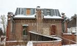Обречен умереть? В Барнауле почти разрушился корпус завода — памятника архитектуры