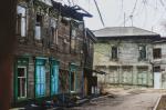 Усадьба под руинами с исчезнувшим флигелем Сухэ-Батора