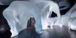 В парке «Зарядье» завершено строительство ледяной пещеры