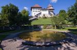 Распродажа замков прошла в Швейцарии