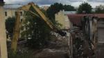 В Петербурге начался снос здания сталинского телефонного узла