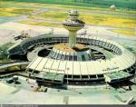 Забыт и заброшен: британский фотограф пробрался внутрь самого футуристического советского аэропорта