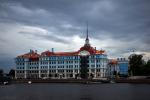 Самый рыжий: как выглядит новая медная крыша Нахимовского училища