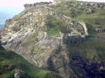 Дом с привидениями, подземелье мертвых, замок короля Артура: где находятся самые мистические места в мире