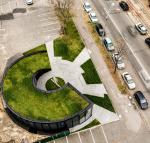 Здание – зеленый пандус