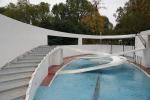 Необитаемый бассейн