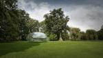 В Дании построили полностью прозрачный павильон, напоминающий каплю воды