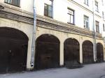10 самых интересных старинных петербургских гаражей