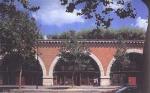 Искусство живет под мостом. Виадук Бастилия (Bastille Viaduct), Париж, Франция, реконструкция 1988-1996, Патрик Берже (Patrick Berger)