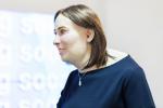Офисная «эволюция»: как офисы вредят здоровью и в кого рискуют превратиться «белые воротнички» через 20 лет