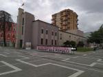 В столице Албании, несмотря на столкновения защитников наследия с полицией, снесли здание Национального театра ради строительства нового – по проекту BIG