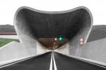 Политика невмешательства: MoDusArchitects завершили серию скульптурных порталов на магистрали в северной Италии