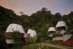 Пражские архитекторы ARCHWERK.cz расширили номерной фонд отеля в Коста-Рике за счет хижин-«шишек»