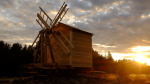 В Карелии в рамках экспедиции фонда «Траектория» воссоздали мельницу – памятник деревянного зодчества XIX столетия