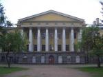 Центробежная сила. Центр Петербурга покидают военные гарнизоны, больницы и заводы