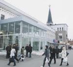Ярославский вокзал уродуют ларьками по закону?