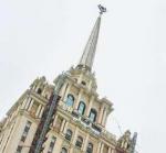 Сталинские высотки: умирают и сдаются