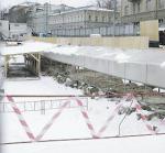 Стены Белого города потеснили автостоянку