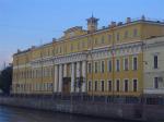 Играла музыка в Юсуповском. В минувший вторник вечером в Юсуповском дворце на Мойке отметили открытие восстановленного парадного двора