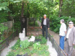 К Александру Харитонову приезжают спустя десятилетия после его смерти