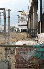 """Кризис обесценил """"Золотой остров"""". От элитно-туристической зоны напротив Кремля осталось одно название"""