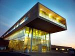 Башни и стеклянные лаборатории: чем удивляют новые университеты