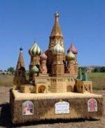 Храм из урожая