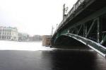 Мосты провисли над Невой