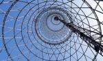 Лорд Фостер активизирует кампанию по спасению ржавеющей радиобашни в России