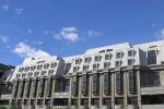 Долгострою продлили жизнь. Отель «Северная корона» на набережной Карповки не удается не только достроить, но даже снести