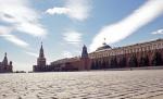 После скандала с Рюриковичами Кремль оформит в собственность брусчатку на площадях