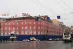 Чудо в Петербурге: на Невском снесли не Литературный дом