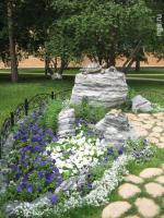 Богдашкин сад. Строительная компания впервые разбила парк со скульптурами и велосипедной дорожкой