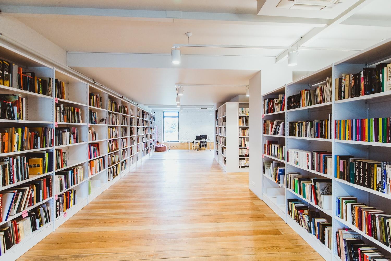 """Библиотека музея """"гараж"""", 2014. фото: александр мурашкин муз."""