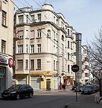 Домовая кабала. Жители старинных домов в центре Москвы боятся выселения из-за новых правил реставрации