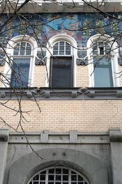 Бывший особняк мукомолов Рейнеке в центре Саратова - одна из немногих старых усадеб, которые украшают город, а не наводят тоску на горожан. Фото: Юрий Набатов