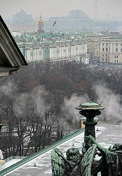 Владимир Литвиненко пошел на обмен памятников у Зимнего дворца на новые офисы